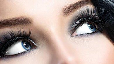 تصویر چطور مثل حرفه ای ها چشمها را آرایش تیره کنیم؟