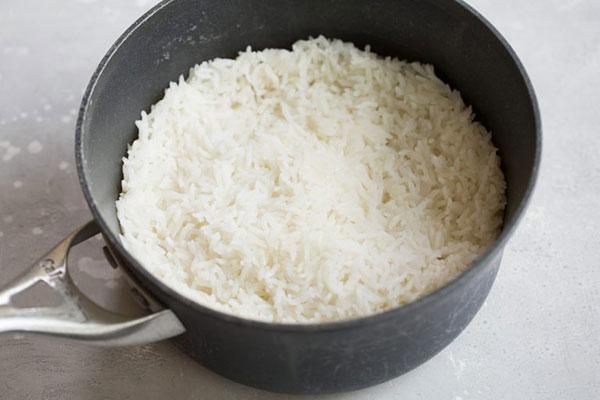 برنج سرخ کرده هاوایی تنوعی از رنگها و مزهها