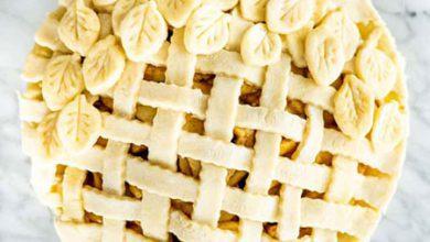 تصویر انواع شیرینی پای با میوههای پاییزی